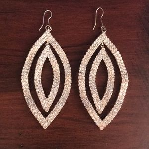 ✨Dangle Bling Earrings✨Worn once/perfect condition